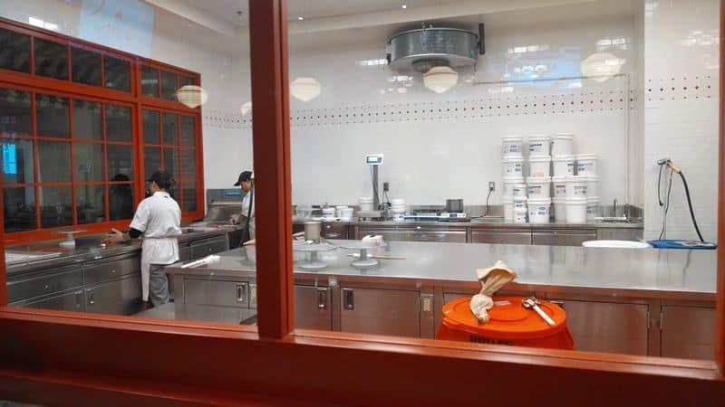 Carlos Bakery baker Nov2014