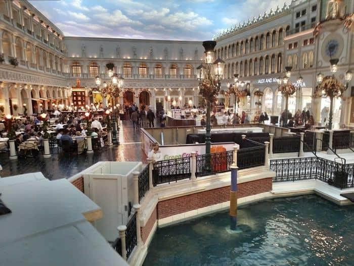 Las Vegas St Mark's Square