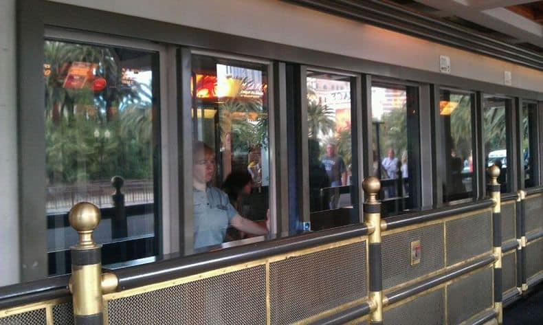 mirage/treasure island tram