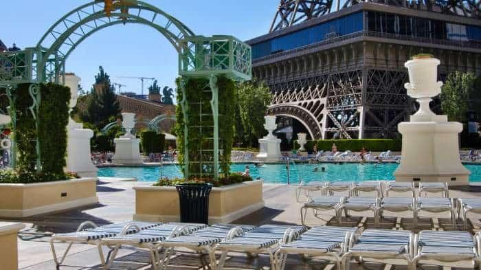 Pairs Hotel Pool