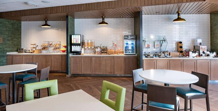 Fairfield Inn and Suites breakfast