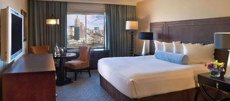 excalibur hotel resort tower king room