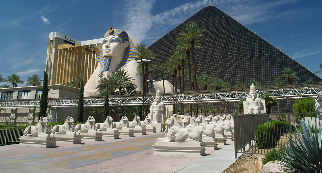 Luxor vs. Excalibur
