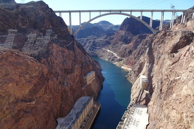 Private Deluxe Petit Tour of Hoover Dam, Lake Mead & Historic Boulder City