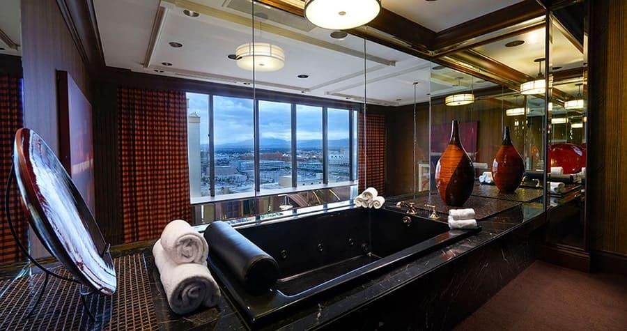 Golden Nugget Las Vegas Jacuzzi Suite